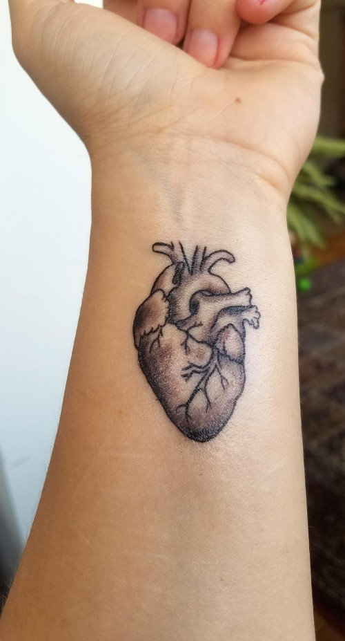 Anatomical heart tattoo by david long of hell or high for Hell or high water tattoo